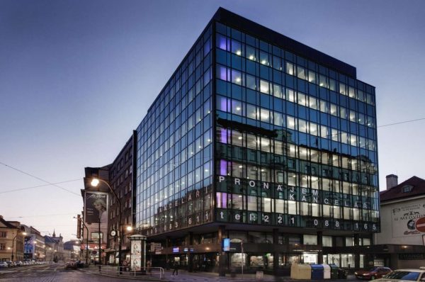 komercni nemovitosti: jaka je oblibenost sdilenych kancelari - 3 - forth